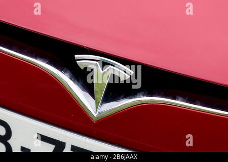 US car company Tesla Motors present a Roadster Sport car ...