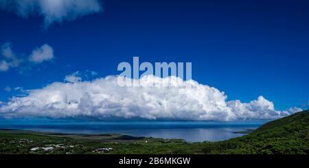 View of sea and cloud on sky, South Kona, Hawaii, USA