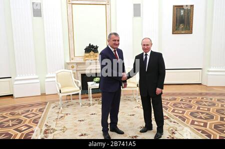 March 13, 2020. - Russia, Moscow. - South Ossetia's President Anatoly Bibilov (left) and Russia's President Vladimir Putin during a meeting at the Moscow Kremlin. - Stock Photo