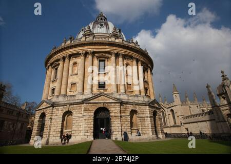 Oxford, Oxfordshire, UK 03 09 2020 The Radcliffe Camera and All Souls College in Oxford UK Stock Photo
