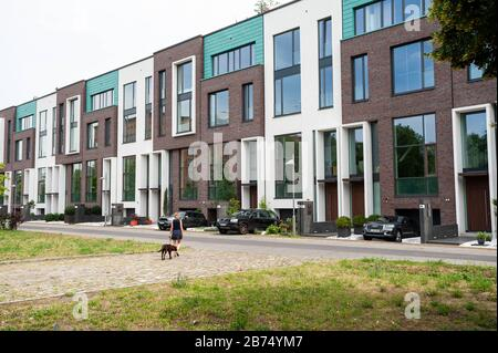 10.06.2019, Berlin, Germany, Europe - New and exclusive homes in the form of terraced houses in the Mitte district. [automated translation]
