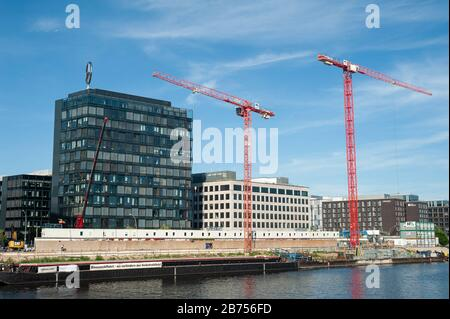 24.06.2019, Berlin, Germany, Europe - View of the Mercedes-Benz sales center on the banks of the Spree in Berlin-Friedrichshain. [automated translation] - Stock Photo