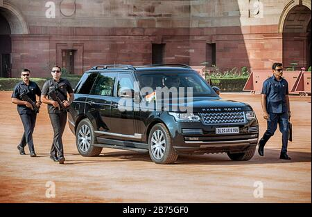 India, New Delhi, 24.03.2018. Trip of the German President and Mrs. Buedenbender to the Republic of India from 21-26.03.2018. Welcome with military honours at the official residence of the President (Rashtrapati Bhavan) of the Republic of India on 24.03.2018. Arrival of Narendra Damodardas Modi, Prime Minister of the Republic of India. [automated translation] - Stock Photo