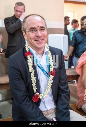 India, Chennai, 25.03.2018. Trip of the German President and Mrs. Buedenbender to the Republic of India from 21-26.03.2018. Mrs. Buedenbender visits the Unicef project 'Arunodhaya Centre for Street and Working Children' on 25.03.2018. Christian Schneider Managing Director of Unicef Germany. [automated translation] - Stock Photo