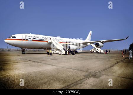 India, New Dehli, 25.03.2018. Trip of the German President and Mrs. Buedenbender to the Republic of India from 21-26.03.2018. Departure to Chennai with the Airbus 340 'Konrad Adenauer' of the German Armed Forces Air Force on 25.03.2018. [automated translation] - Stock Photo