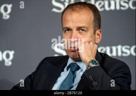 Germany, Berlin, 19.11.2016. The Economic Summit 2016, an event of the Sueddeutsche Zeitung on 20.11.2015 at the Hotel Adlon in Berlin. Ulrich Schaefer, head of the economic editorial office of the Sueddeutsche Zeitung. [automated translation] - Stock Photo