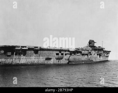 German aircraft carrier Graf Zeppelin at Swinemünde on 5 April 1947. - Stock Photo