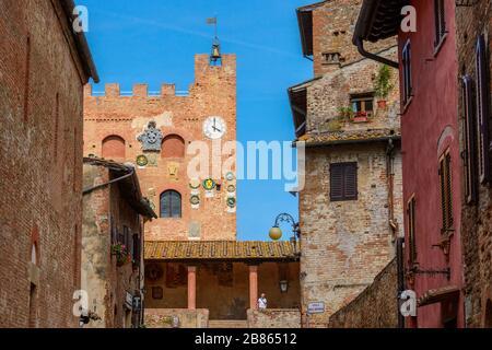 Certaldo, Tuscany / Italy: Via Giovanni Boccaccio and Palazzo del Vicario or Palazzo Pretorio in the medieval upper part of town called Certaldo Alto. - Stock Photo