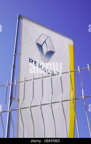 Bordeaux , Aquitaine / France - 10 11 2019 : sign Renault dealership store car logo behind the grids - Stock Photo