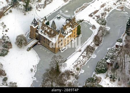 water castle Hoellinghofen in Vosswinkel, 26.01.2013, aerial view, Germany, North Rhine-Westphalia, Sauerland, Arnsberg - Stock Photo