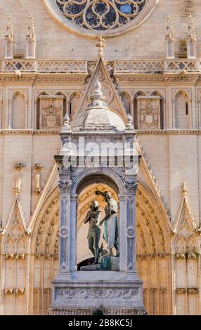 Part of cathedrale Saint Jean-Baptiste in Lyon, France - Stock Photo