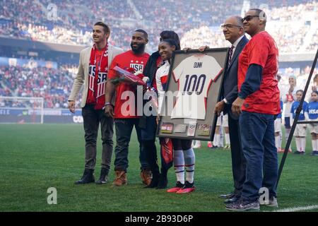 HARRISON. USA. MAR 08:  Family members of Crystal Dunn of the USA celebrate her 100th cap ceremony with her ahead of the 2020 SheBelieves Cup Women's International friendly football match between USA Women vs Spain Women at Red Bull Arena in Harrison, NJ, USA. ***No commericial use*** (Photo by Daniela Porcelli/SPP) - Stock Photo