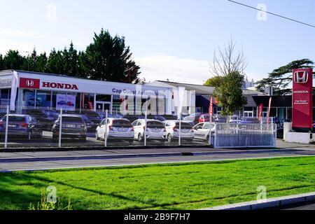 Bordeaux , Aquitaine / France - 11 13 2019 : Honda dealership sign car store Japanese automobiles store logo vehicle - Stock Photo