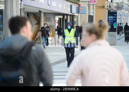 Cardiff, South Wales, UK. 24th Mar, 2020. Cardiff the morning after Prime Minister Boris Johnson MP announced a Covid-19 lockdown - Queens Street, 11:51 Credit: Mark Lewis/Alamy Live News  - Stock Photo