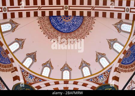 Islamic art decoration at the Sehzade Mosque in Istanbul, Turkey. Interior view of the main dome. - Stock Photo