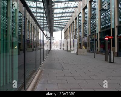 Centrum Galerie in Dresden Prager Straße EInkaufszentrum