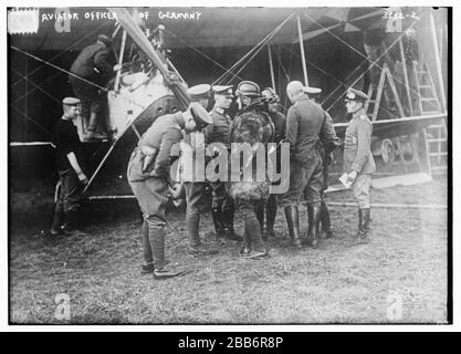 'English: Title: Aviator officer of Germany Abstract/medium: 1 negative : glass ; 5 x 7 in. or smaller.; 1914; Library of Congress  Catalog: https://lccn.loc.gov/2014703676 Image download: https://cdn.loc.gov/master/pnp/ggbain/18000/18066u.tif Original url: https://www.loc.gov/pictures/item/2014703676/; Bain News Service, publisher; ' - Stock Photo