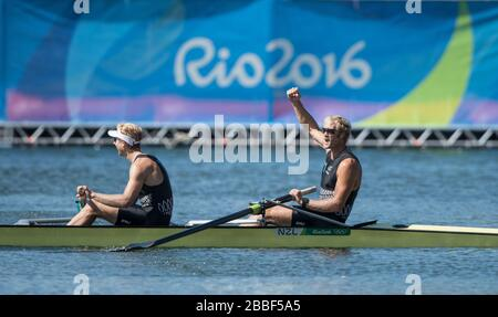 Rio de Janeiro. BRAZIL.   NZL M2- Bow Eric MURRAY and Hamish BOND 2016 Olympic Rowing Regatta. Lagoa Stadium, Copacabana,  ÒOlympic Summer GamesÓ Rodrigo de Freitas Lagoon, Lagoa. Thursday  11/08/2016 [Mandatory Credit; Peter SPURRIER/Intersport Images] - Stock Photo