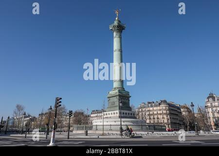 PARISIAN LOCKDOWN 15 TH DAY, PARIS - Stock Photo