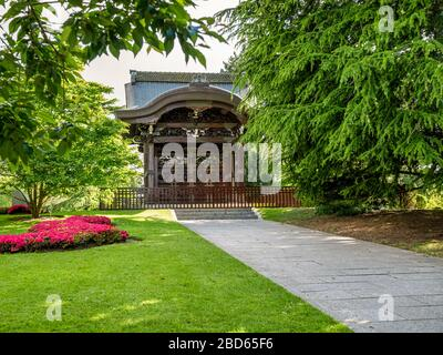 Japanese Gateway Kew Gardens