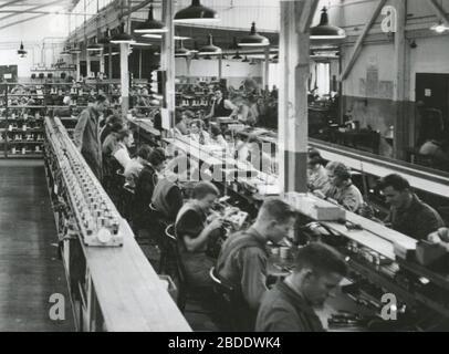 'Svenska: Centrum Radios fabrik vid Stadsgården i Stockholm; 1940s date QS:P,+1940-00-00T00:00:00Z/8; Gylling & Co; Unknown author; ' - Stock Photo