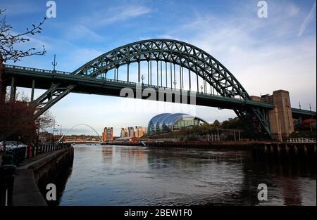 Tyne River, Newcaste upon Tyne, Gateshead, Sage and riverside, evening, NE England, UK, bridges - Stock Photo
