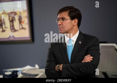 Washington, United States Of America. 15th Apr, 2020. Washington, United States of America. 15 April, 2020. U.S. Defense Secretary Mark Esper, tours the Federal Emergency Management Agency COVID-19 operations during a visit to FEMA Headquarters April 15, 2020 in Washington, DC. Credit: Marvin Lynchard/DOD/Alamy Live News - Stock Photo