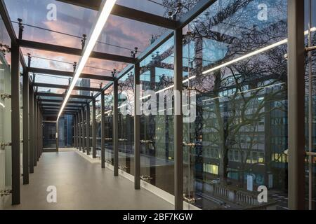 Glass Link Bridge At The Dyson School Of Design Engineering Imperial College London Stock Photo Alamy