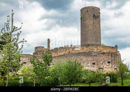 Münzenberg Castle, a ruined hill castle from the High Middles Ages in town Müzenberg, Wetteraukreis district, Hesse, Germany - Stock Photo