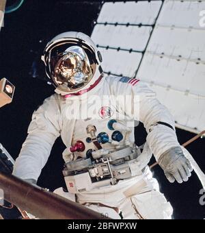 (6 Aug. 1973) --- Astronaut Jack R. Lousma, Skylab 3 pilot, participates in the Aug. 6, 1973, extravehicular activity (EVA)
