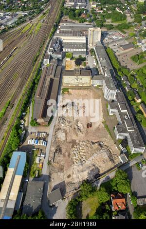 Development area of industrial wasteland BABCOCK Fertigungszentrum GmbH on Duisburger Strasse in Oberhausen, 09.06.2016, aerial view, Germany, North Rhine-Westphalia, Ruhr Area, Oberhausen - Stock Photo