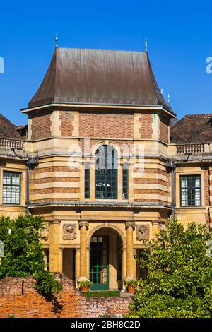 England, London, Greenwich, Eltham Palace, The Art Deco Former Home of Millionaires Stephen and Virginia Courtauld - Stock Photo