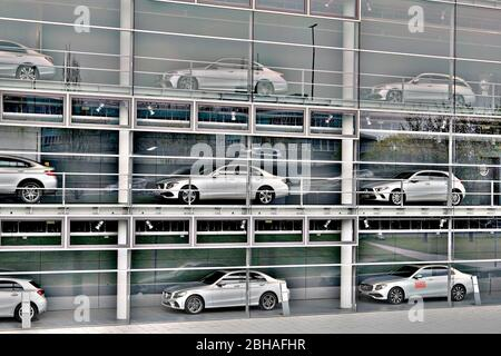 Germany, Bavaria, Munich, Mercedes-Benz branch, exterior, issued cars in three floors, (M) - Stock Photo