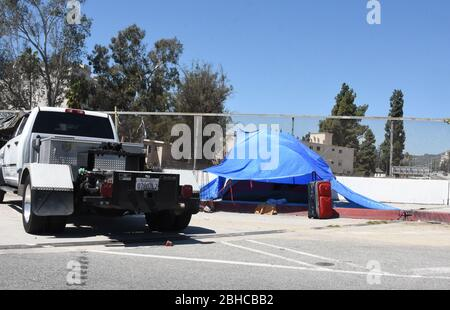 Los Angeles, California, USA 24th April 2020 A general view of atmosphere of homeless camp on April 24, 2020 in Los Angeles, California, USA. Photo by Barry King/Alamy Stock Photo - Stock Photo
