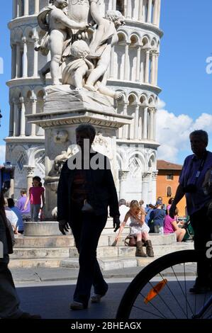 PISA LEANING TOWER TOURISTS - Stock Photo