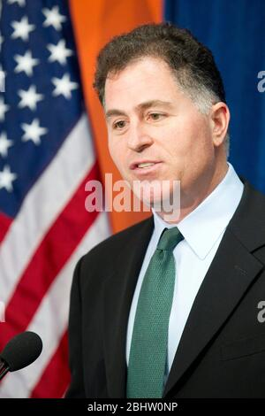 Austin , Texas - Michael Dell, CEO of Dell Computer in Round Rock, TX, speaks at the announcement of a federal strategy to promote U.S.-based electronics recycling markets and jobs.  The event was held a Round2, a high-tech recycling plant in Austin   ©Bob Daemmrich - Stock Photo