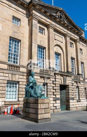 Statue of David Hume outside the High Court of Justiciary on Lawnmarket in Edinburgh Old Town, Scotland, UK - Stock Photo