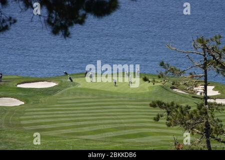 Monterey Peninsular, CA, USA. 4th May, 2020. Golfers return to their courses in the Pebble Beach area after lockdown due to Covid-19 - here on Pebble Beach's 6th green Credit: Motofoto/Alamy Live News