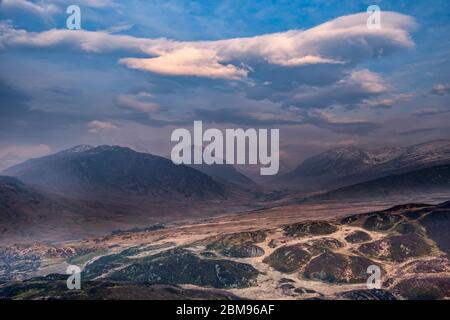 The Ogwen Valley and Glyderau Mountains at dawn from Crimpiau, Snowdonia National Park, North Wales, UK - Stock Photo
