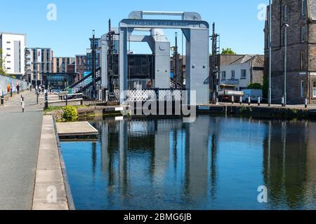 Leamington Lift Bridge on the Union Canal at Fountainbridge in Edinburgh, Scotland, UK - Stock Photo