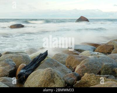 Steinstrand bei Lohme, Insel Rügen, Ostsee, Mecklenburg-Vorpommern, Deutschland Stock Photo