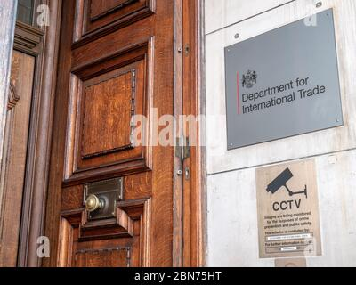 Department for International Trade, Whitehall, London. DIT is the UK government department responsible for negotiating global trade agreements. - Stock Photo