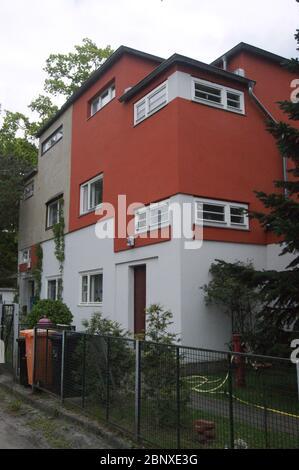 Die 1922 errichtete und unter Denkmalschutz stehende Wohnsiedlung Siedlung Neu-Jerusalem im Ortsteil Staaken an der Heerstraße in Berlin-Spandau.