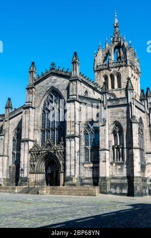 St Giles Cathedral viewed from West Parliament Square in Edinburgh Old Town, Scotland, UK - Stock Photo