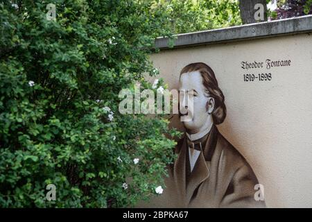 Ribbeck, Germany. 12th May, 2020. A drawing by the poet and writer Theodor Fontane can be seen on a transformer house in the Brandenburg community of Ribbeck. Credit: Paul Zinken/dpa-Zentralbild/ZB/dpa/Alamy Live News - Stock Photo