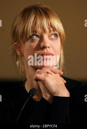 'HUI BUH - Das Schlossgespenst' Presse-Preview in Köln - Heike Makatsch - Darstellerin der Leonora Gräfin zu Etepetete - bei der Pressekonferenz.. - Stock Photo