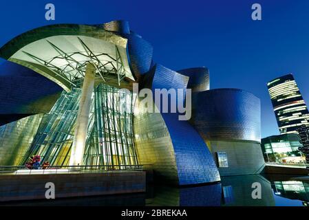 Guggenheim Museum Bilbao by night