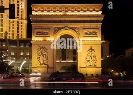 Las Vegas, Nevada - August 29, 2019: Arc de Triomphe at Paris Las Vegas Hotel and Casino at night in Las Vegas, Nevada, United States. - Stock Photo
