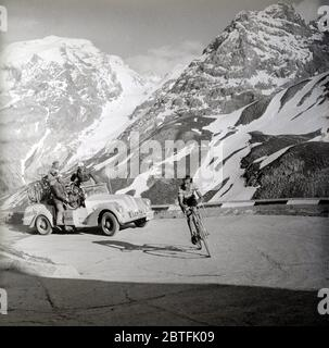 Fausto Coppi (winner) during the Tour of Italy, at the Stelvio Pass, on Monday, 6 / 1 / 1953.