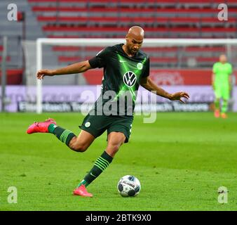 Leverkusen, Germany. 26th May, 2020. Leverkusen, Germany, May 26 2020: Football Bundesliga, matchday 28, Bayer 04 Leverkusen - VfL Wolfsburg, Anthony Brooks (Wolfsburg) Credit: Juergen Schwarz/Alamy Live News Stock Photo